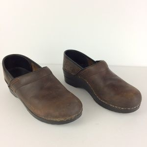 Dansko Brown Leather Slip On Clogs Mules Sz 39